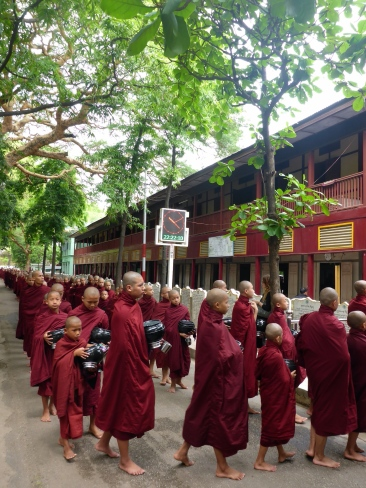 Mahagandayon Monastery - Mandalay