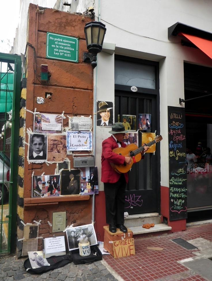San Telmo Musician